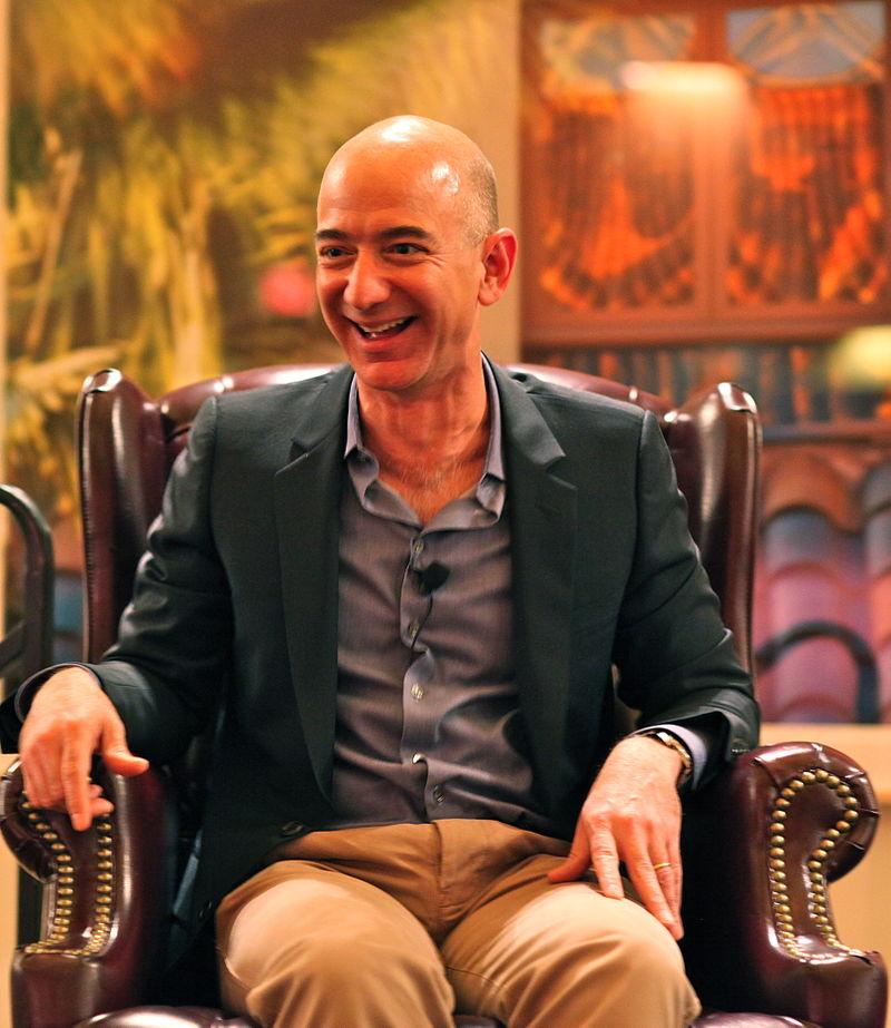 世界の大富豪 (2018年版)。1位はあの通販会社の社長